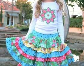Дитячий одяг в стилі вінтаж фото