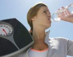 Як схуднути до нового року на водній дієті? фото