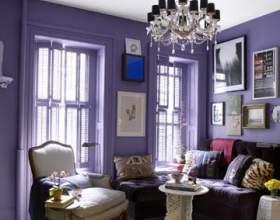Лілова вітальня - експеримент з насиченим кольором фото