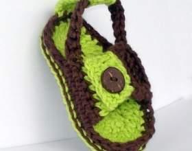 Підбірка ідей дитячого взуття гачком фото